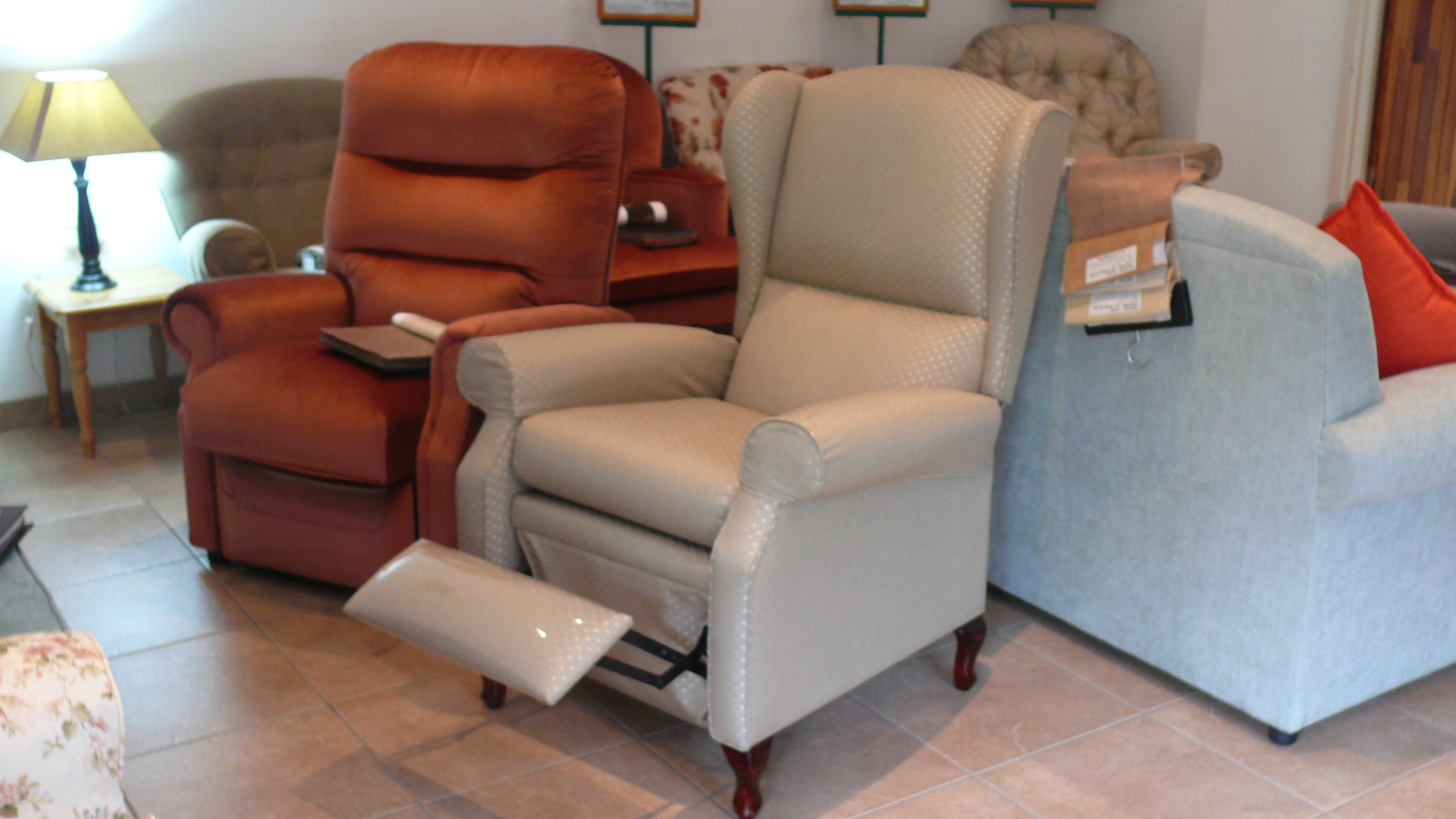 Queen Anne Chair de Villiers Home Seating Specialists